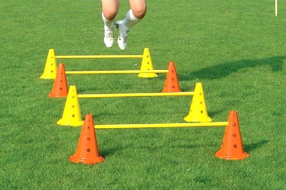 Ostacolo per allenamento calcio junior in plastica regolabile cm 30